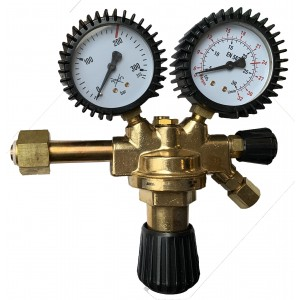 reducirni ventil 2 manometra velik
