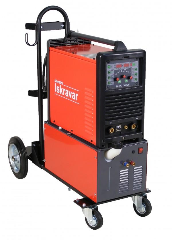 Voz za varilne aparate s hladilnim sistemom in tig aparatom